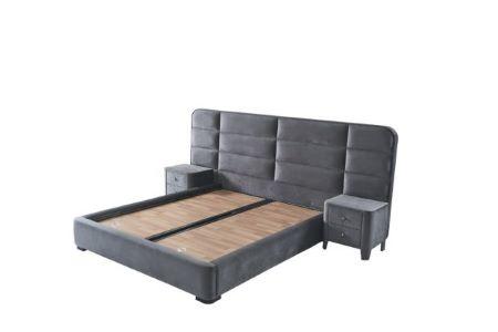 מיטה מרופדת עם ארגז מצעים