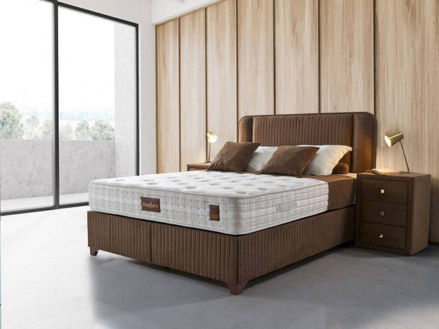 מיטה זוגית עם ארגז מצעים מרידיאן